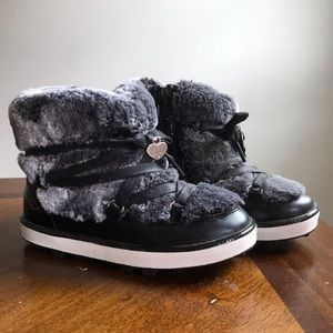 Patent leather fur lined Snowboots